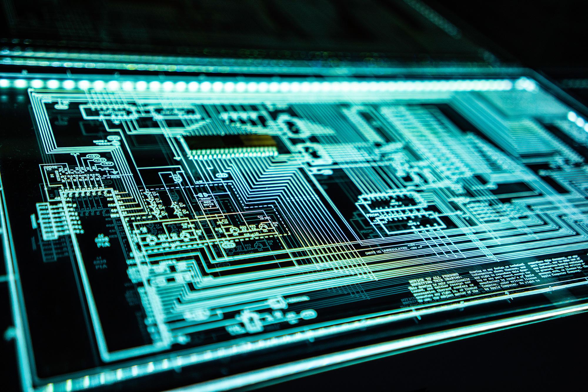 Diseño, desarrollo y fabricación de un TAG semi-pasivo de bajo coste con una batería imprimible integrada en un RFID