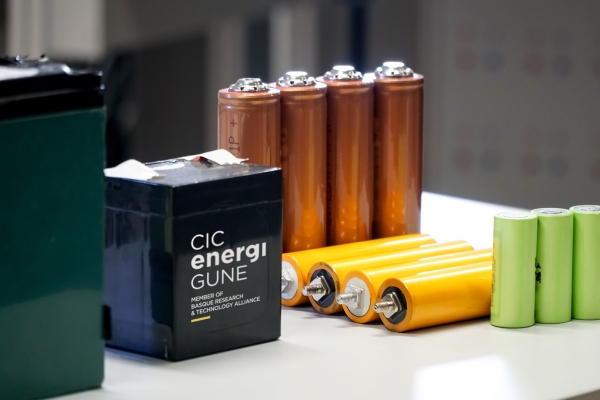 High-performance solid-state batteries