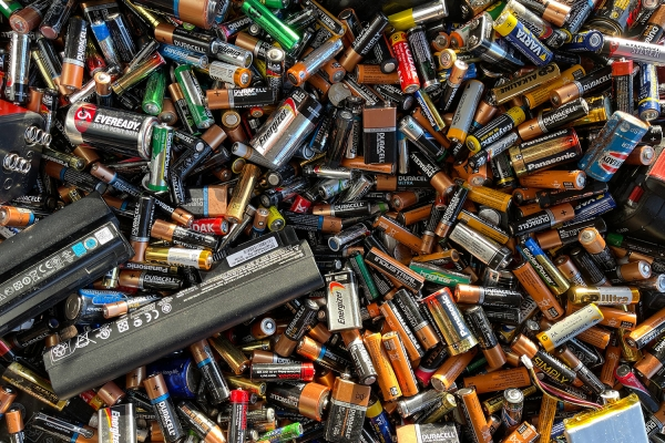 Analysis of the major recycling processes in the battery industry