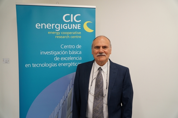 El Correo - A scientist from Miñano is chosen as the best energy researcher in Spain