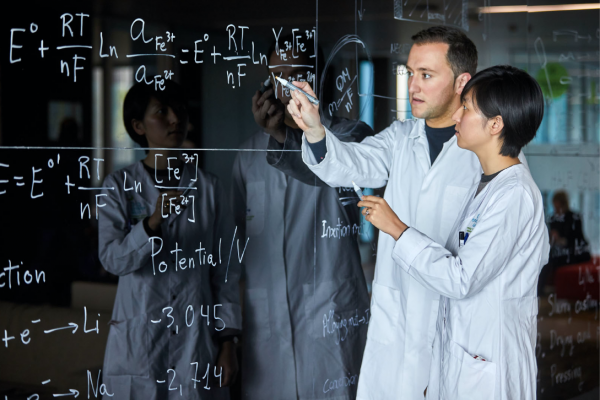 Altos estándares en investigación